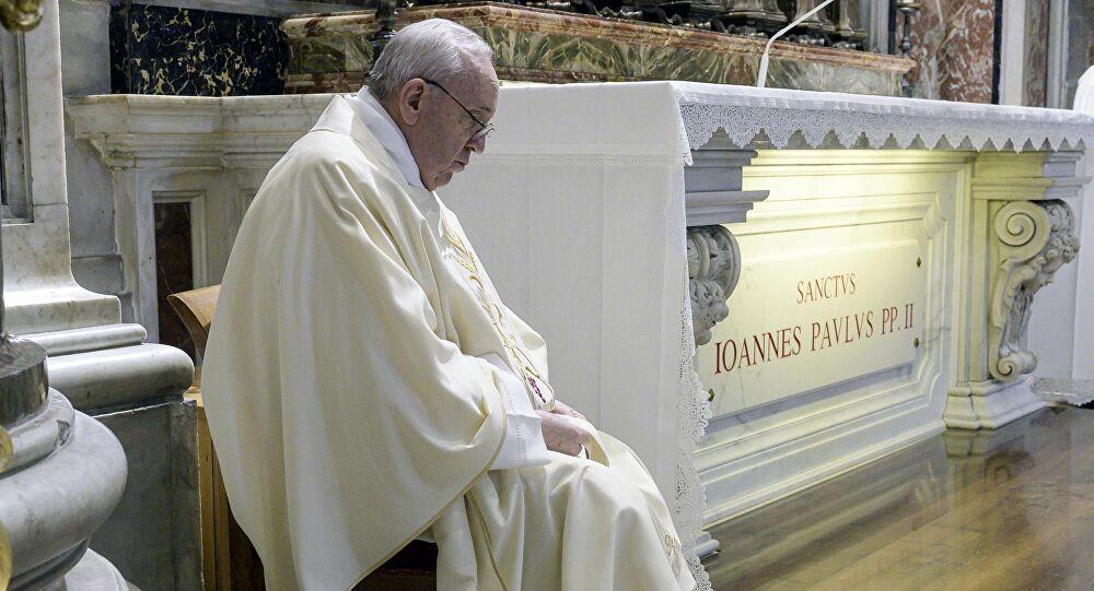 Papa Francesco citato in giudizio in Australia da due aborigeni