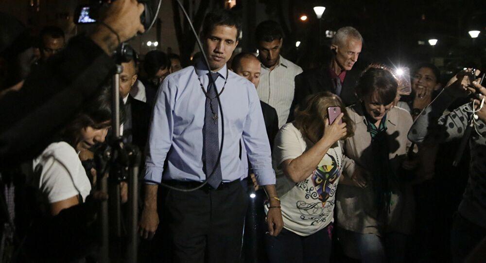 L'autoproclamato presidente del Venezuela Juan Guaidò